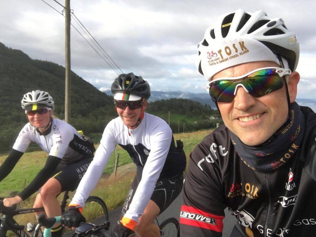 Asbjørn sammen med Roar Børresen og Nichola fra Haute Route.